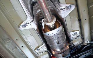 Троит двигатель и мигает «чек»: почему так происходит и что делать водителю
