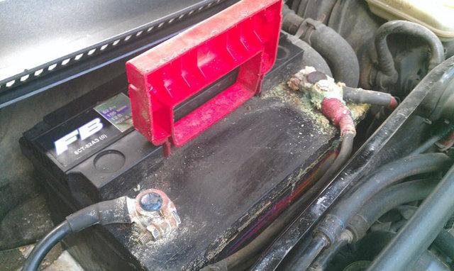 Как хранить аккумулятор автомобиля