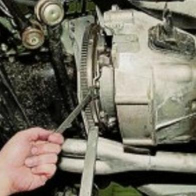 Замена вилки сцепления: тонкости и нюансы