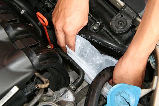 Чем помыть двигатель автомобиля в домашних условиях