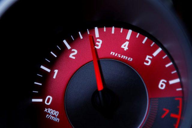 Скачут обороты двигателя на холостом ходу