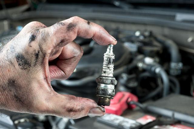 При разгоне дергается двигатель: причины и способы решения проблемы