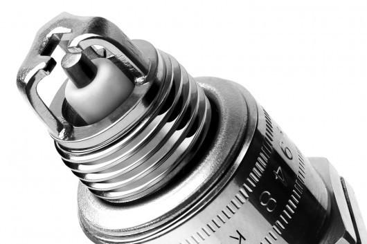 Замена свечей зажигания: свечи менять на холодном или горячем двигателе