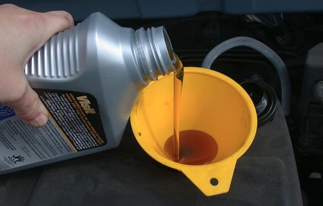 Масло для бензинового двигателя с большим пробегом