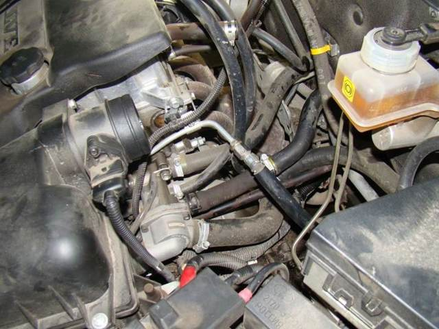 Как развоздушить систему охлаждения двигателя