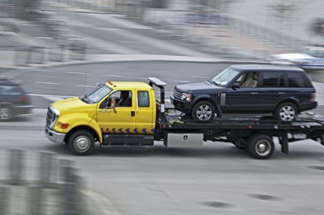 Буксировка автомобиля с АКПП: тонкости и нюансы
