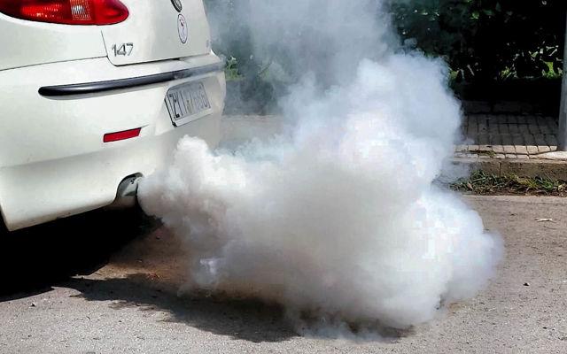Антифриз попал в двигатель: последствия для мотора
