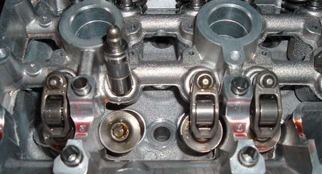 Гидрокомпенсаторы в двигателе: что это?
