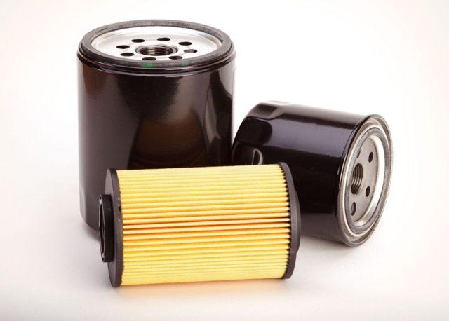 Как открутить масляный фильтр без ключа