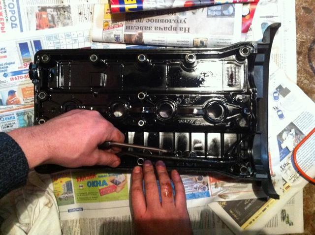 Как поменять прокладку клапанной крышки самому