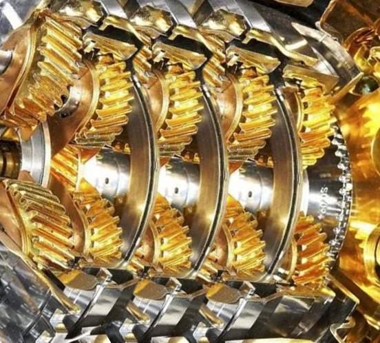 Можно ли лить моторное масло в коробку передач