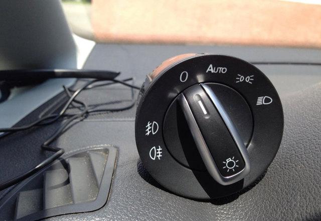 Автоматическое включение фар при запуске двигателя автомобиля: как сделать своими руками