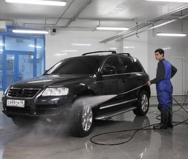Мойка двигателя зимой: что нужно знать автовладельцу