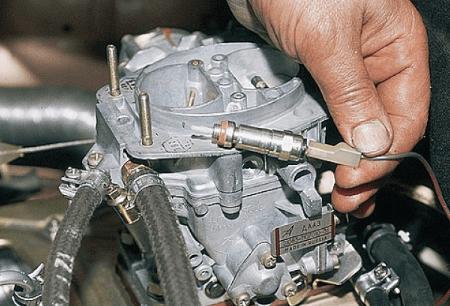 Регулировка качества смеси карбюратора «Солекс»