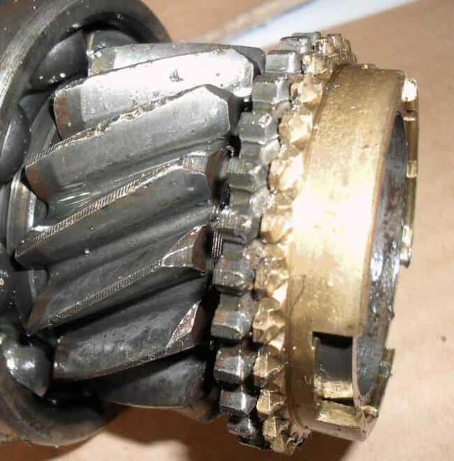 МКПП: замена масла в механической коробке передач