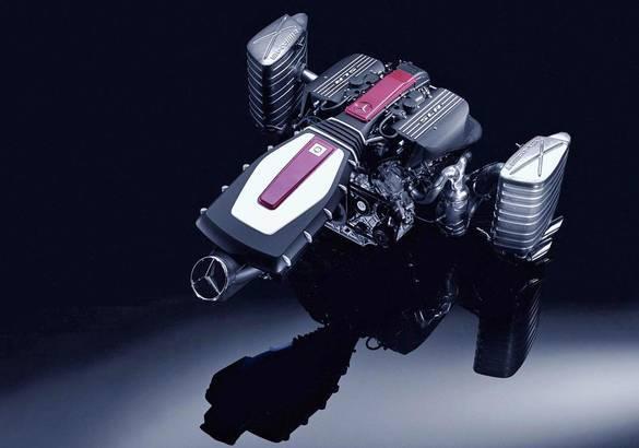 Автомобильный радиатор системы жидкостного охлаждения