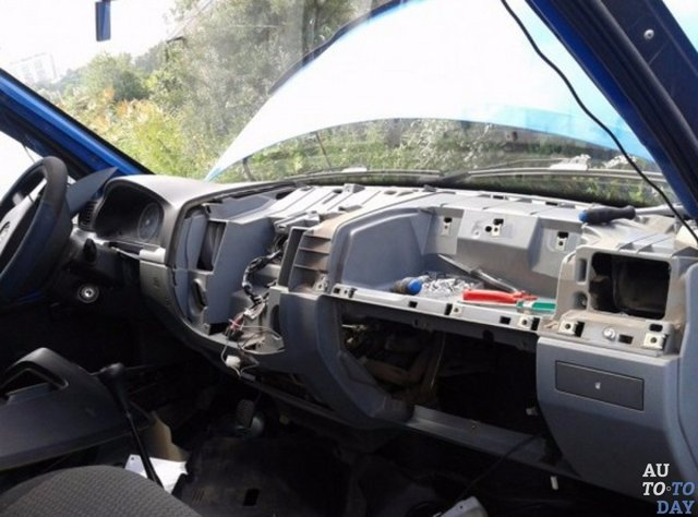 Обогрев заднего стекла автомобиля: ремонт обогрева заднего стекла и как установить подогрев заднего стекла на машину