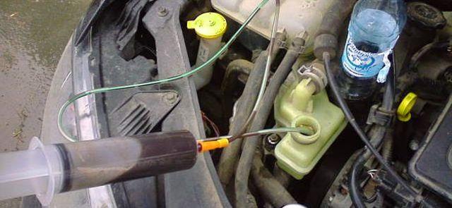 Замена масла в гидроусилителе руля: как поменять жидкость ГУР своими руками