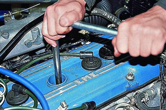 Как измерить компрессию бензинового и дизельного ДВС