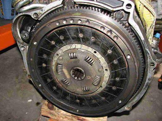 Буксует сцепление: причины, признаки и ремонт
