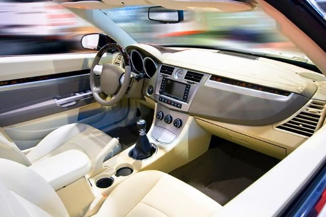 Чистка автомобиля: химчистка салона автомобиля своими руками