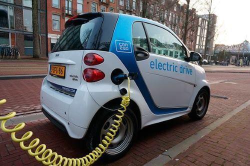 Автомобили с электрическим двигателем: плюсы и минусы электромобиля