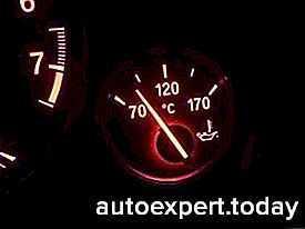Не поднимается стрелка температуры двигателя: основные причины